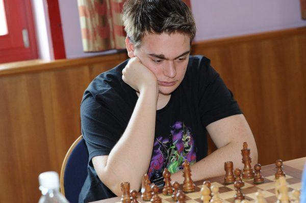 Umkämpfte Partien an Tag 1 der ÖJM für Florian Schlager